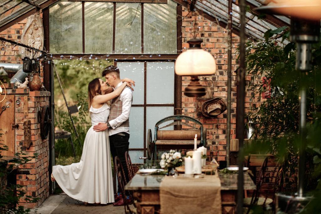 Sesja ślubna w oranżerii
