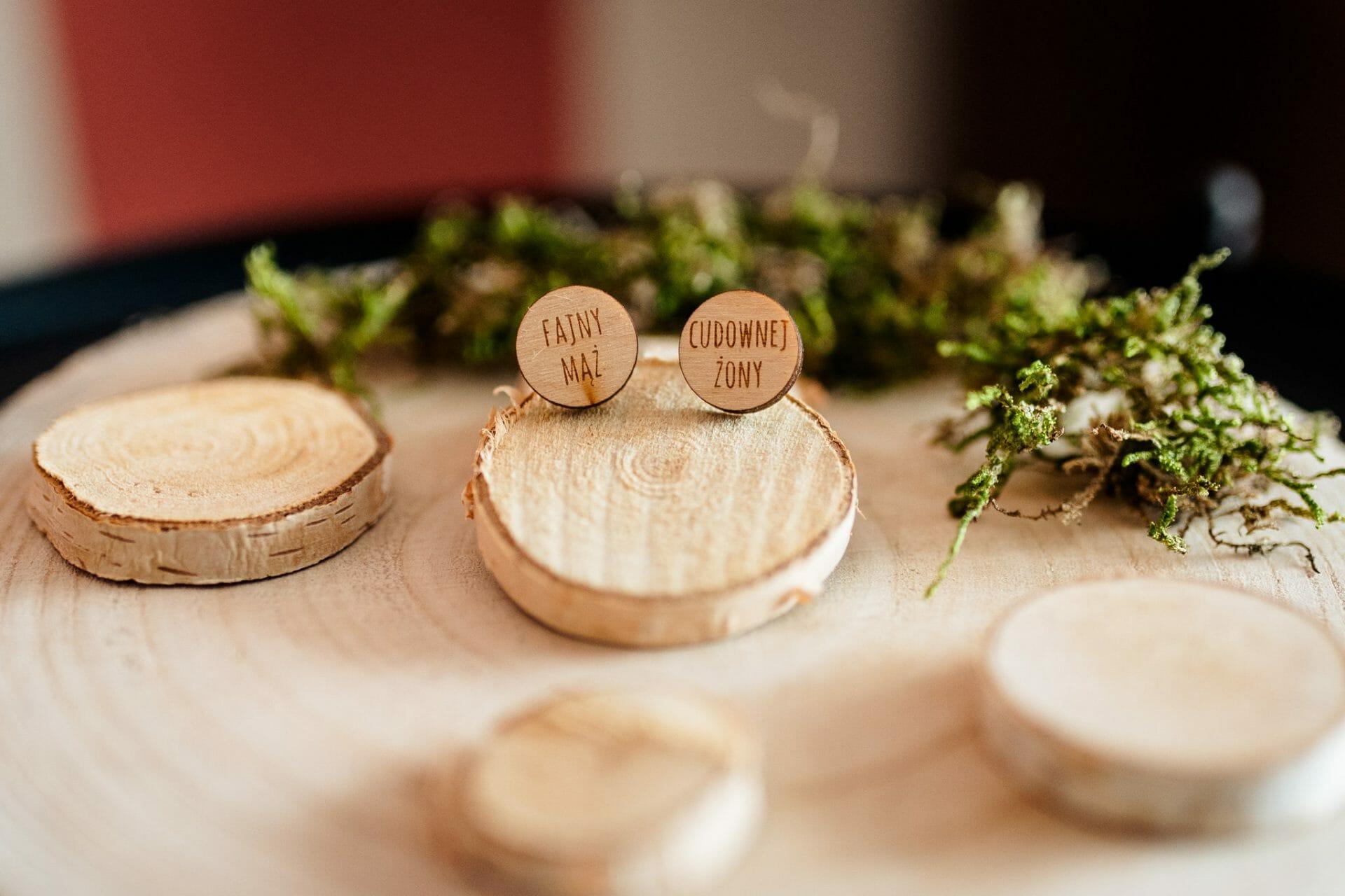 rustykalne dodatki do ślubu